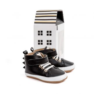 Pretty Brave Hi-Top (black dragon)